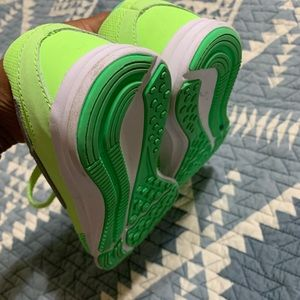 Nike Shoes - New neon kids bike shoes!
